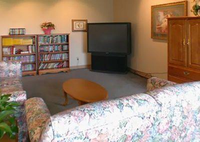 comfy_tv_room